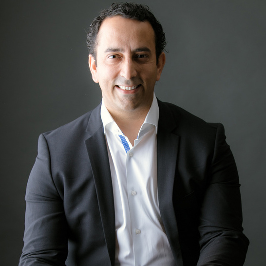 Futurist Speaker Ian Khan